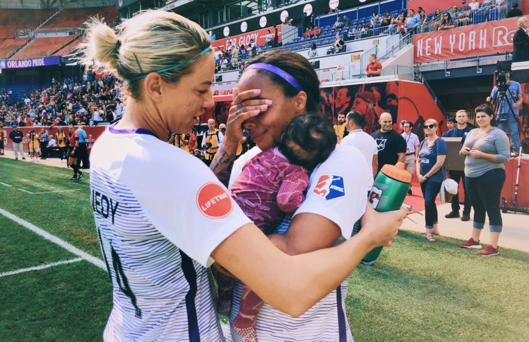 Soccer star Sydney Leroux returns to the game as new mom