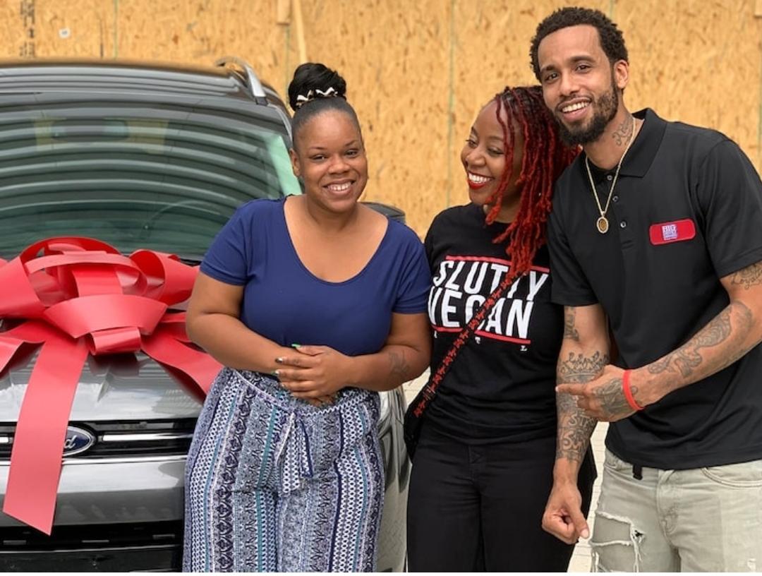 Atlanta restaurateurs gift Rayshard Brooks' widow, a mother of 4, new car