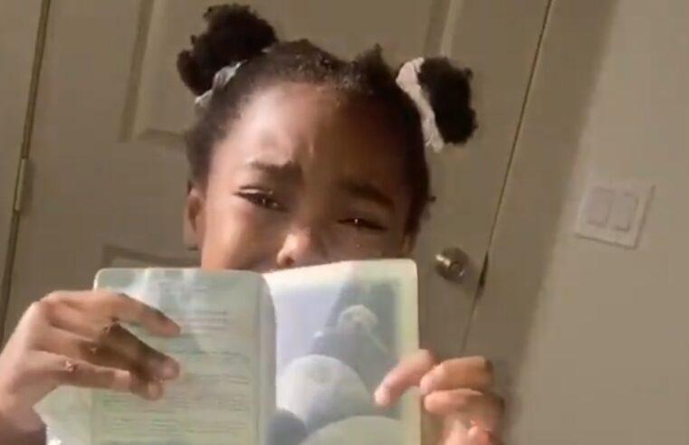 Preschooler Mistakes Mom for Alien After Seeing Passport